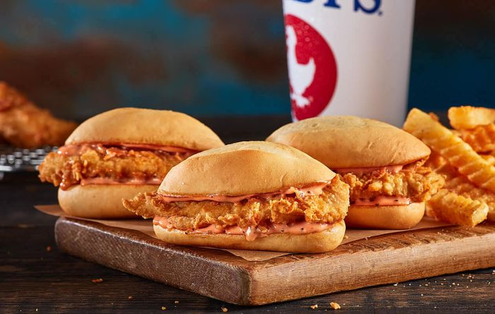 Zaxbys-chicken-sandwich