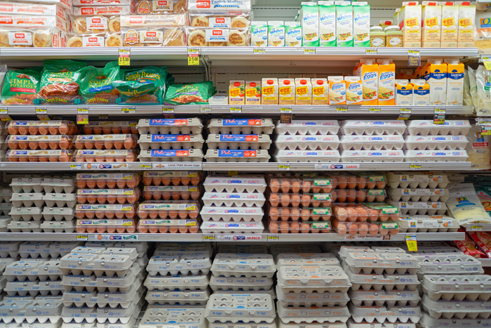 egg-case-in-grocery-store